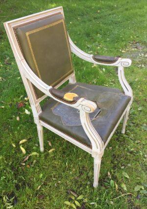fauteuil à accotoir avant